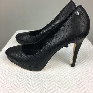 CALVIN KLEIN Shoes EUC☮️❤️👗 SZ8.5 Blck Stilettos